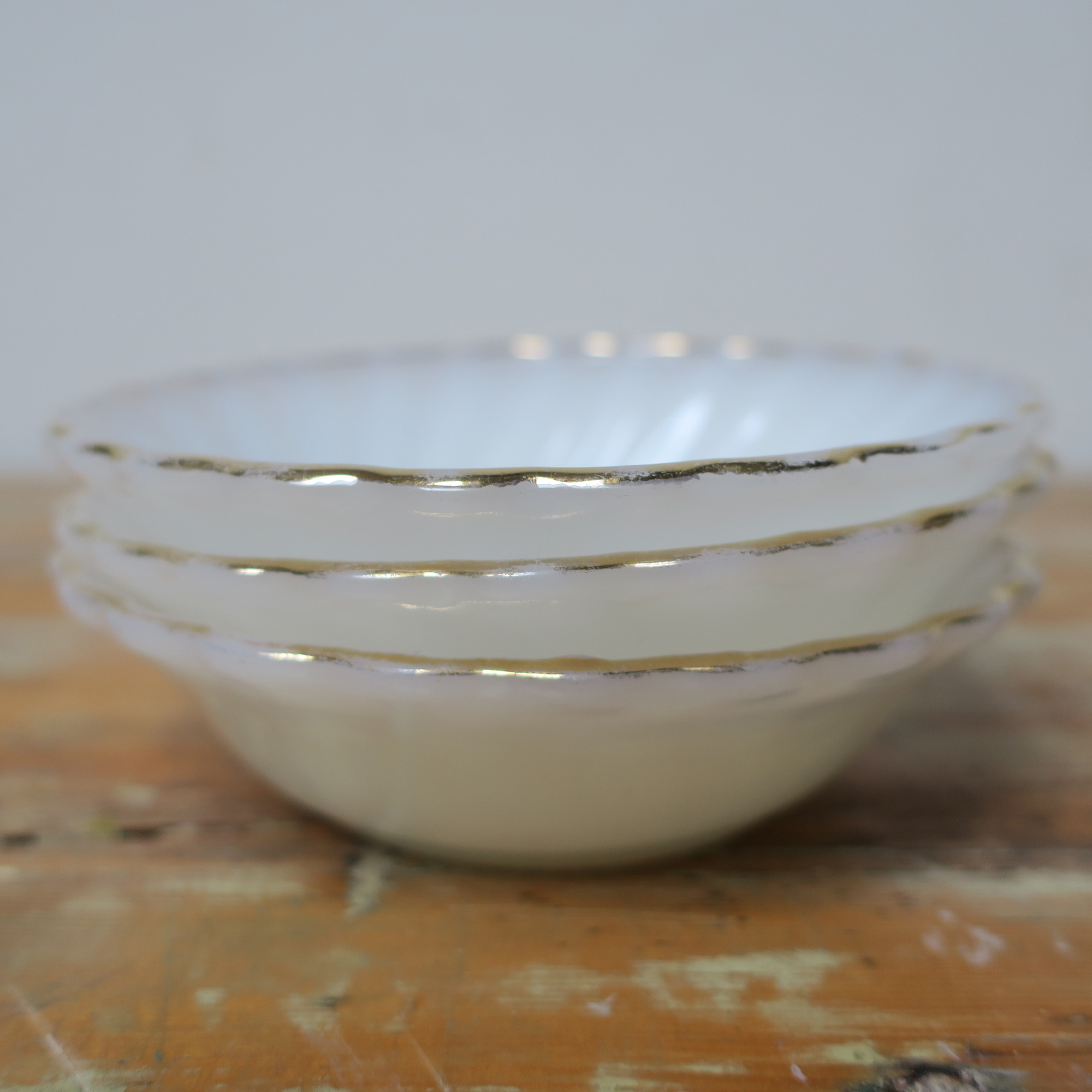 CHOICE Anchor Hocking Fire King swirl bowls Cup saucer sugar and berry gold borders